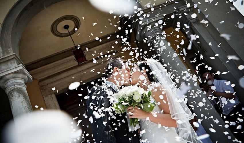 Венчание в церкви в Греции на полуострове Халкидики