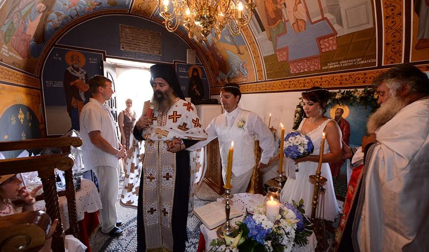 Венчание в церкви в Греции на острове Кос
