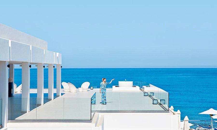 Luxury beach resort in crete White Palace