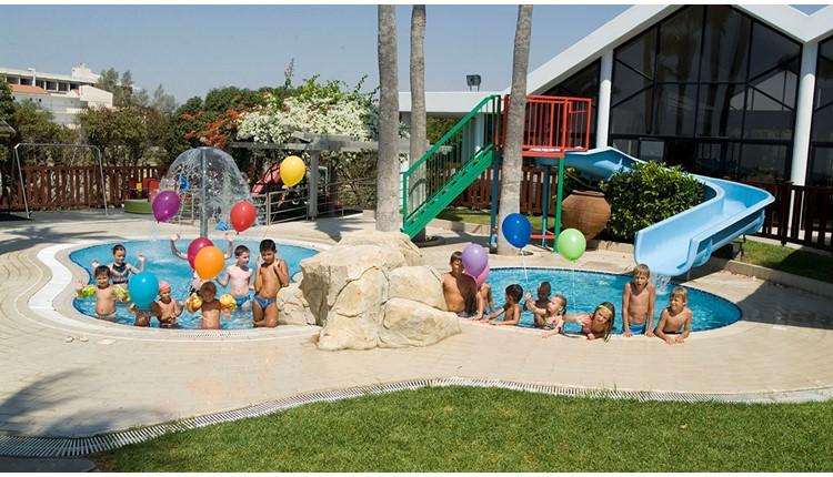 Palm Beach Hotel & Bungalows, Кипр