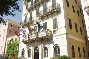 Cavalieri Hotel, Корфу