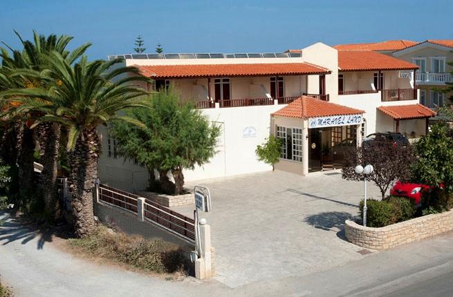 Maravel Land, Крит