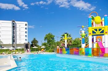 Cronwell Platamon Resort, Платамонас
