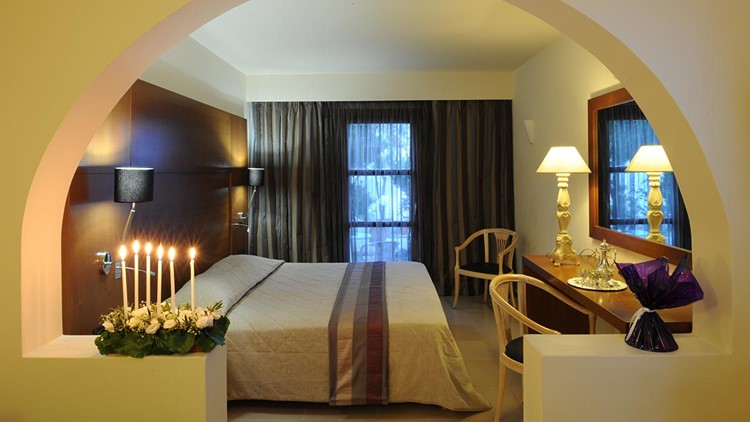 Aressana spa hotel wedding
