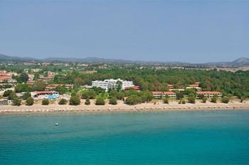 Louis Zante Beach, Закинф
