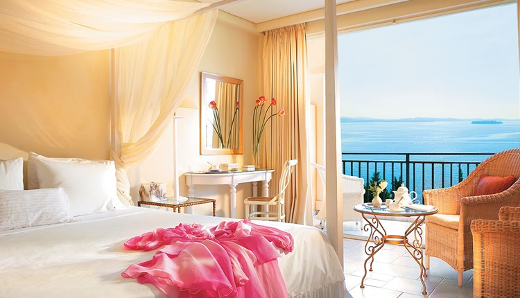 Panoramic Guest Room Sea View