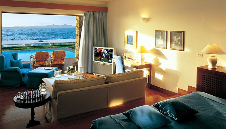 Gold Club Junior Suite with Private Pool