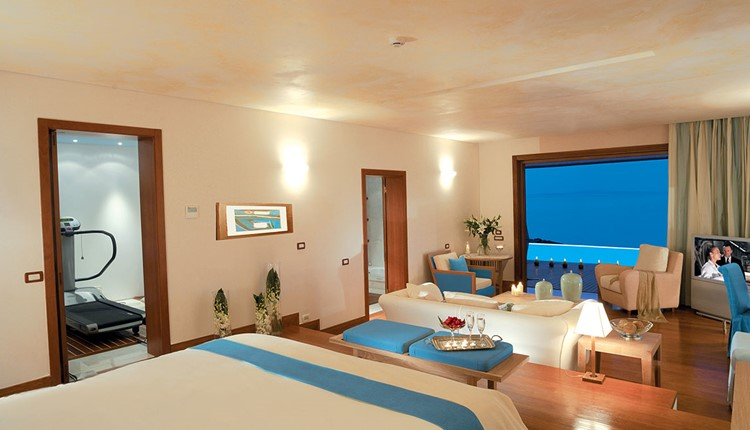 Gold Club Sunrise or Sunset  Suite with Private Pool