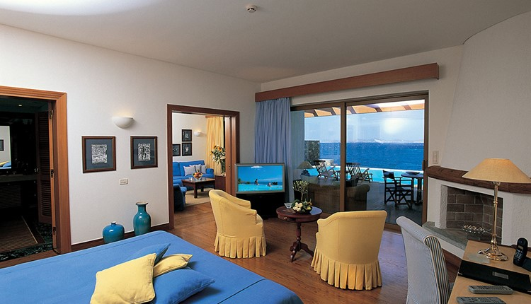 Gold Club Executive Suite with Private Pool