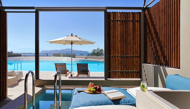 Upbeat Retreat Sea View with Plunge Pool