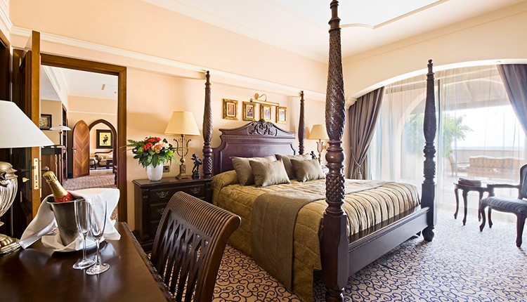 The Royal Two Bedrooms Suite