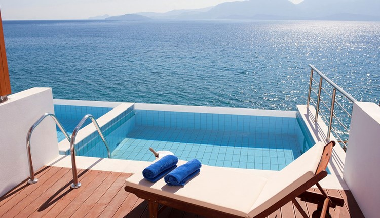 Double Superior Sea View with Pool