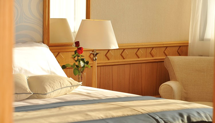 One Bedroom Suite Land View