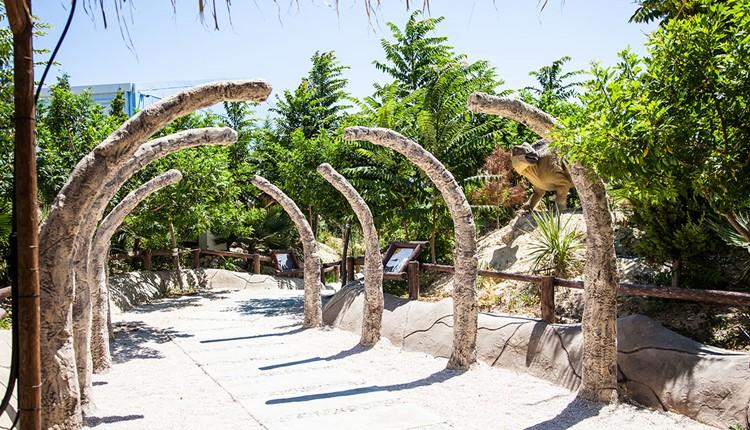 Детская забава - Динозаврики, Крит