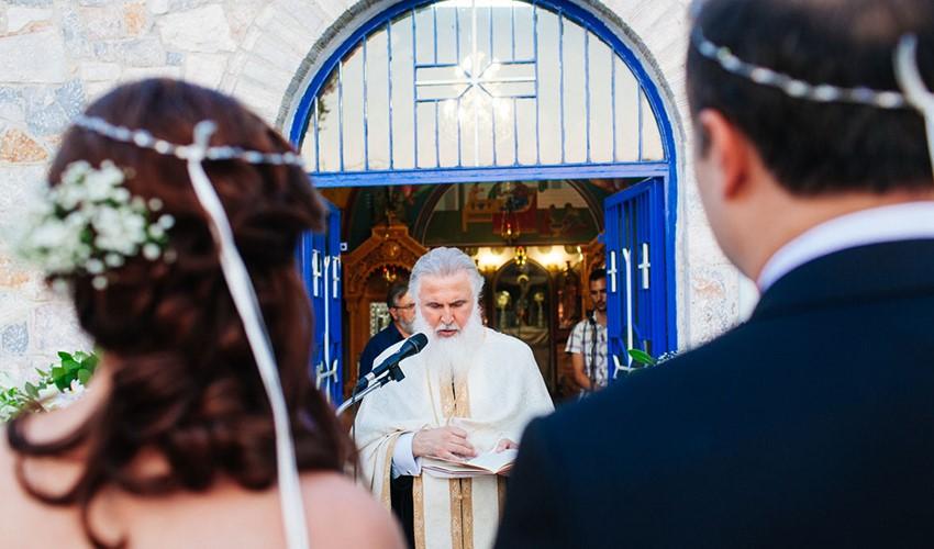Венчание в церкви в Греции на острове Закинф
