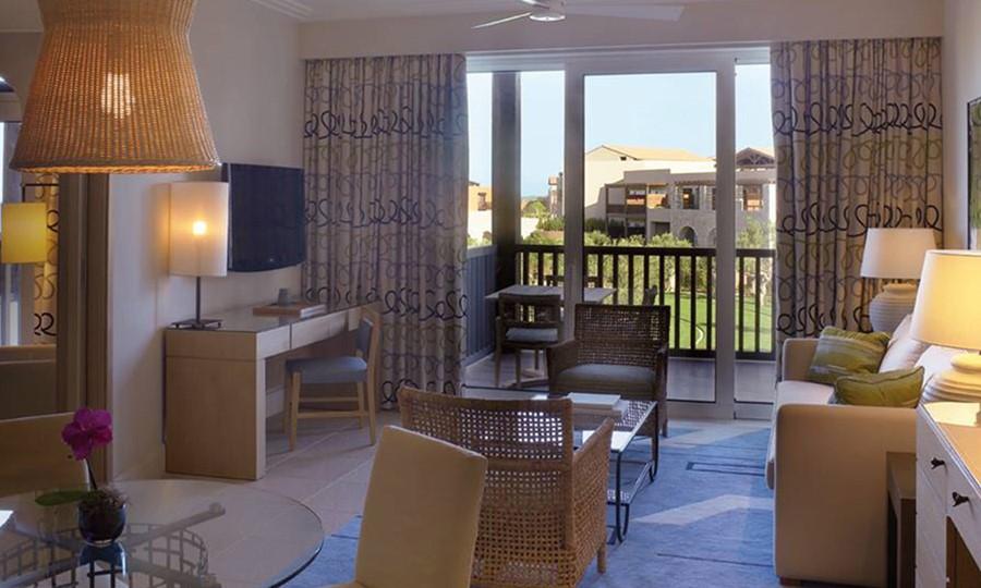 Номера в The Westin Costa Navarino Hotel