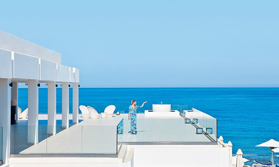 Luxury beach resort in crete White Palace