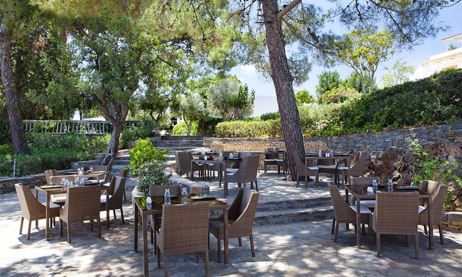 Minos Beach art hotel.Terpsis Cretan Restaurant