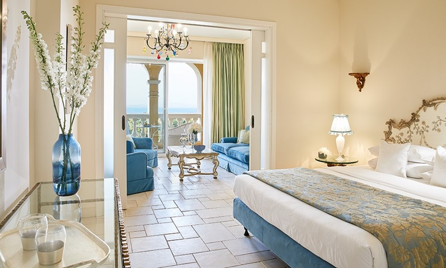 Palace suite. EVA PALACE GRECOTEL LUXURY RESORT