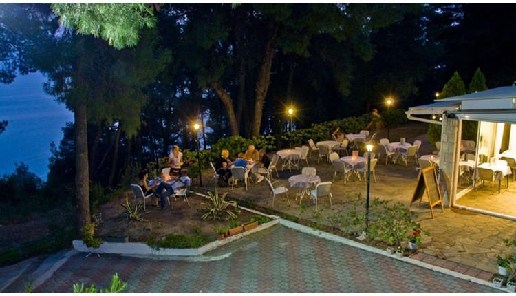 Dryades Hotel, Халкидики