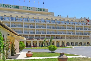 Messonghi Beach Hotel, Корфу