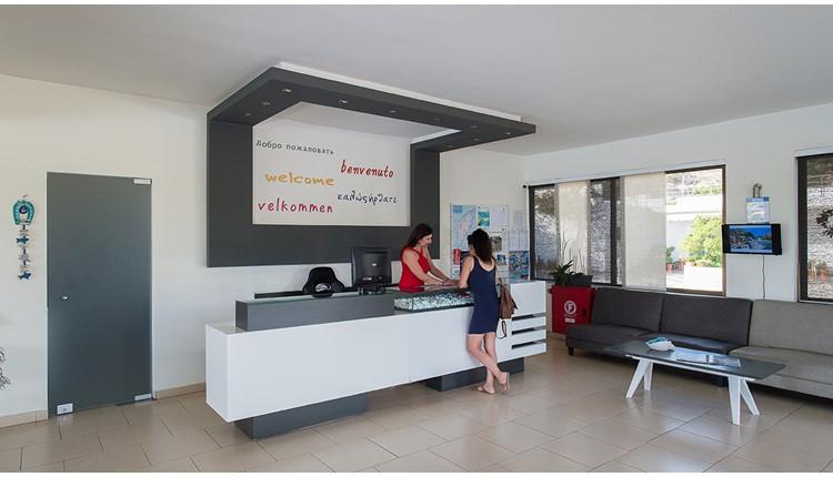 Zoes Hotel, Родос