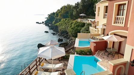 2782_10-Dream-Villa-Corfu-offers-sweeping-views-over-the-Ionian.jpg