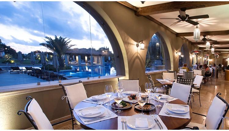 Costa Navarino Hotel The Romanos, Пелопоннес