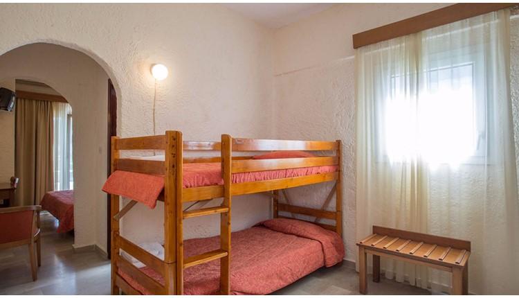 Popi Star Hotel, Корфу