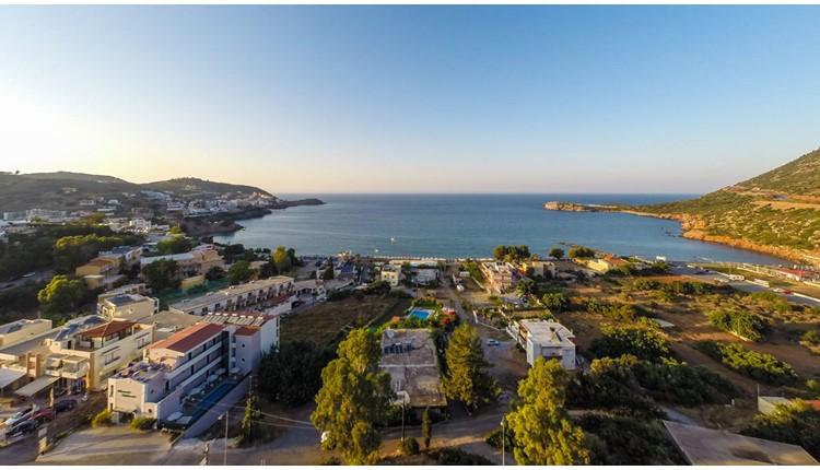 Manos Palace, Крит