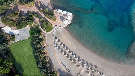 3786_11-Magnificent-beach-location.jpg