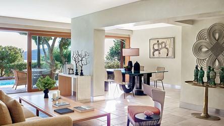 3786_28-Pine-Hill-Villa,-Open-plan-lounge.jpg