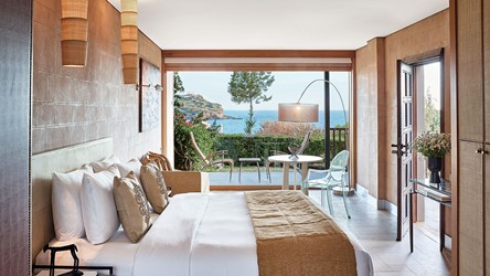 3786_42-Deluxe-Bungalow-with-Private-Pool.jpg