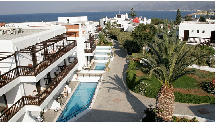Hersonissos Maris, Крит