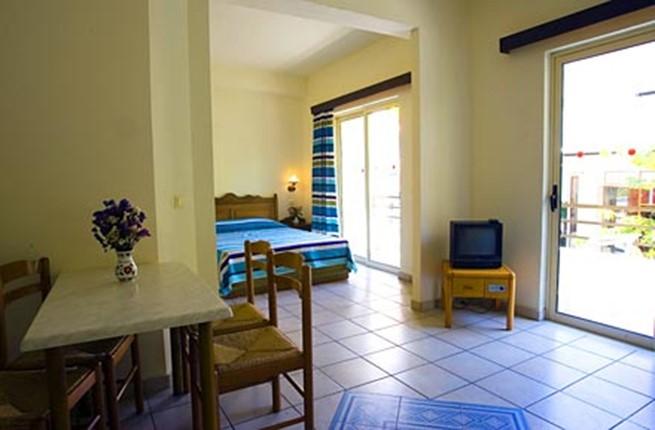 royal apart hotel 2. Black Bedroom Furniture Sets. Home Design Ideas