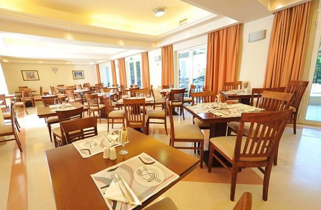CNic Hellinis Hotel Corfu, Корфу