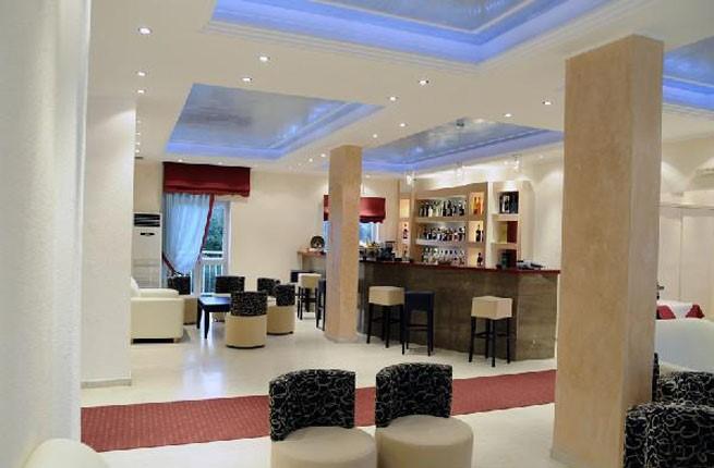 Primavera Hotel, Корфу