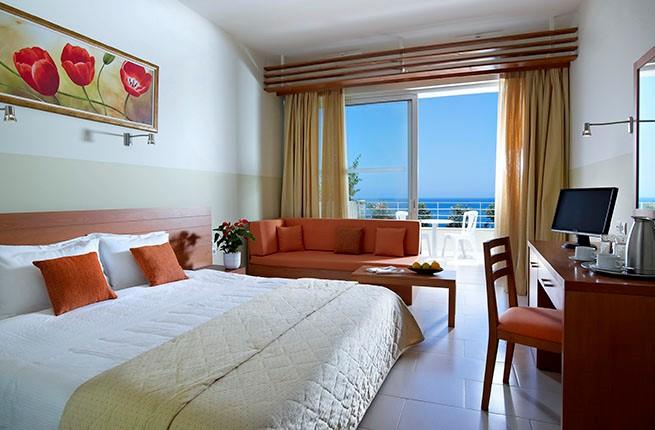 Bali Beach and Village, Крит