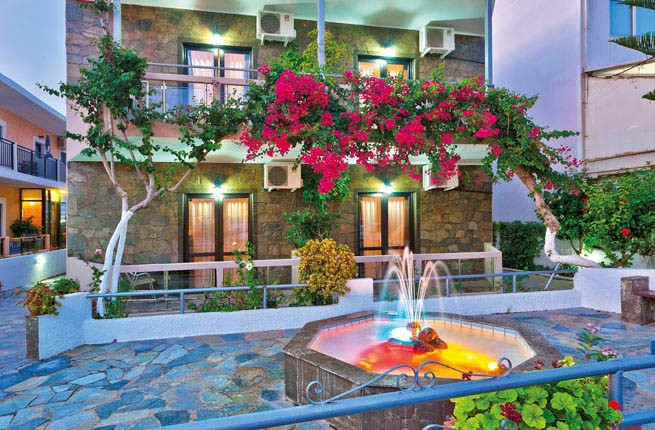 Lia Apartments, Крит