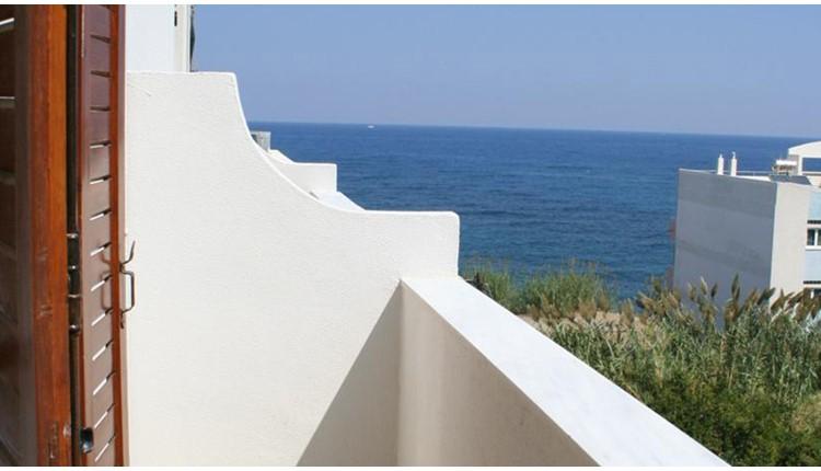Lovely Holidays Hotel , Крит