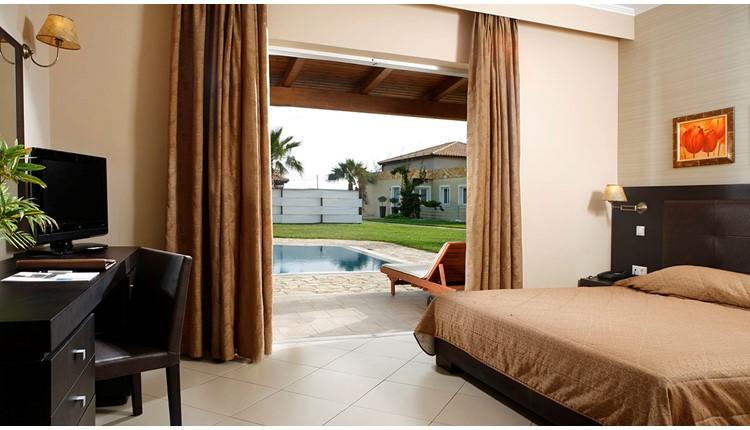 Olympia Golden Beach Resort and Spa, Пелопоннес