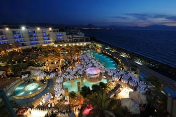 Club Hotel Casino Loutraki, Пелопоннес