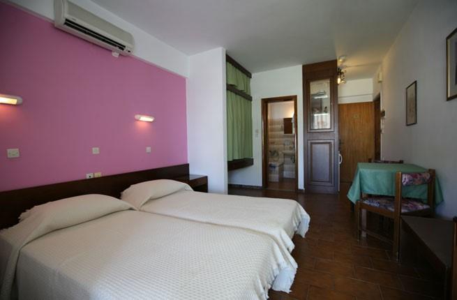 Reni Studios & Apartments, Родос