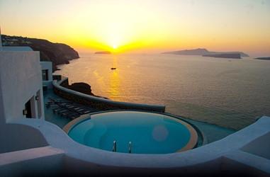 Santorini-Beleon-Tours-Ambassador-Aegean-Luxury-Hotel-and-Suites-(02)_3384_Gallery.jpg