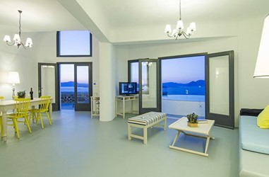 Santorini-Beleon-Tours-Ambassador-Aegean-Luxury-Hotel-and-Suites-(18)_3384_Gallery.jpg