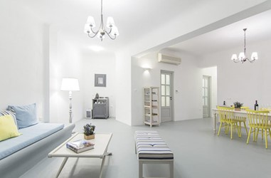 Santorini-Beleon-Tours-Ambassador-Aegean-Luxury-Hotel-and-Suites-(23)_3384_Gallery.jpg