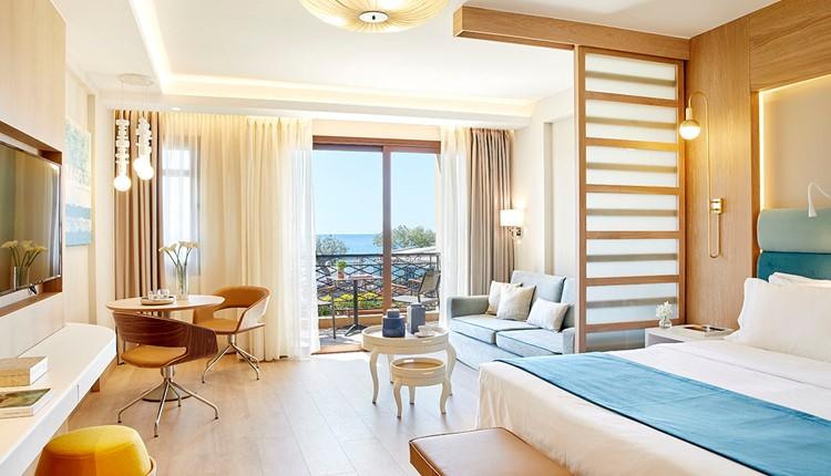Junior Suite Pool or Sea View