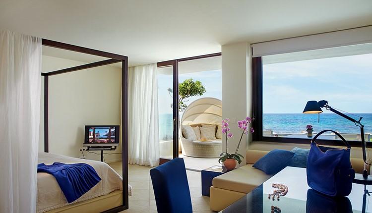 Deluxe Junior Bungalow Suite Sea View Priv. Heat. Pool