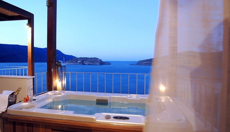 Premium 1Bedroom Suite Sea View Outdoor Jacuzzi