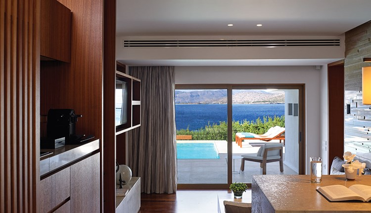Presidential 2Bedroom Villa with private heated pool